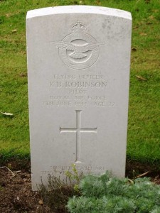roh_ROBINSON_Kenneth_Grave